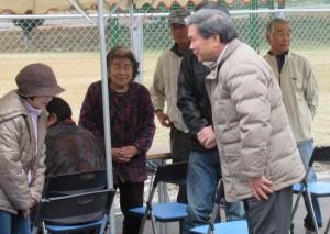 「豊野仮設団地に蒲島知事が訪問」に関する画像