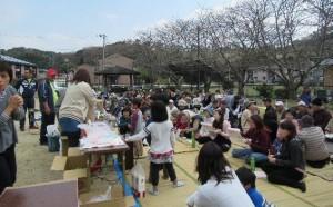 「御領仮設団地の住民が地区行事に参加」に関する画像